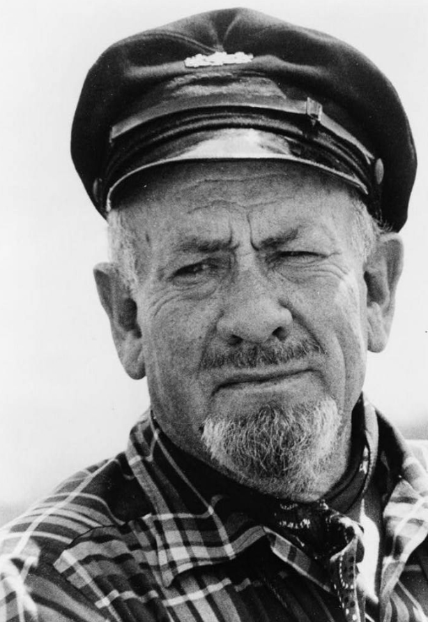 an introduction to the life of john ernst steinbeck an american author